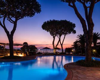 Baglioni Resort Cala Del Porto - Punta Ala - Басейн