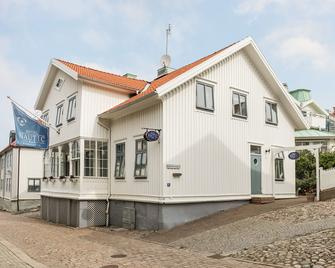 Nautic Hotell - Marstrand - Building