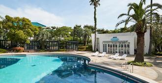 The Suites Hotel Jeju - Seogwipo - Pool