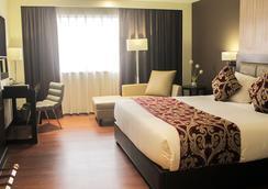 Brentwood Suites - Quezon City - Bedroom