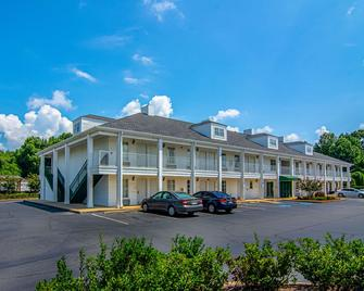 Quality Inn Lagrange - La Grange - Building