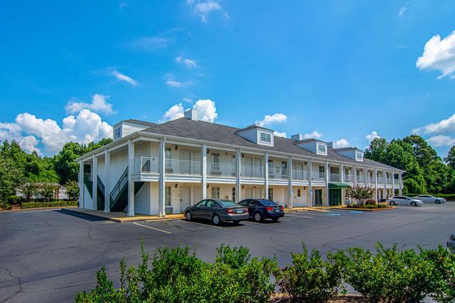 Quality Inn - La Grange - Gebäude