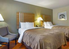Quality Inn - La Grange - Bedroom