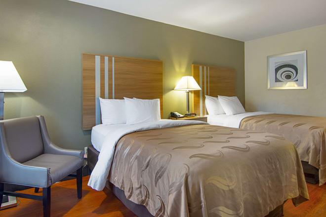 Quality Inn - La Grange - Schlafzimmer