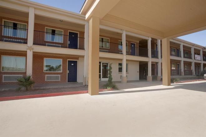 Americas Best Value Inn Waco - Waco - Rakennus