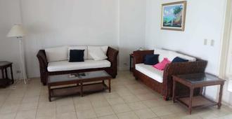 Seaview Boutique Inn - Hostel - Nasáu - Sala de estar