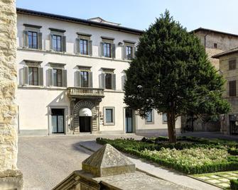 Hotel Tiferno - Citta di Castello - Building