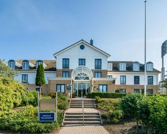 Best Western Hotel Helmstedt am Lappwald - Helmstedt - Building