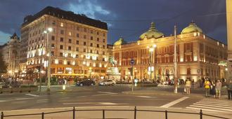 Republic Square Sky Terrace - Belgrade - Building