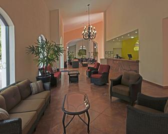 Concierge Plaza la Villa - Colima - Lobby