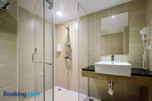 國園商務大飯店 - 嘉義市 - 浴室
