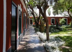 Hotel Majoro - Nazca - Outdoor view