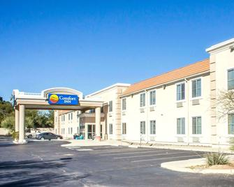 Comfort Inn Green Valley - Green Valley - Building