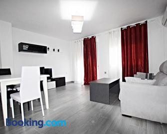 Apartamento Completo Lonja Centro - Caravaca de la Cruz - Wohnzimmer