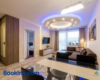 3l Apartments Blizej Morza - Kołobrzeg - Wohnzimmer