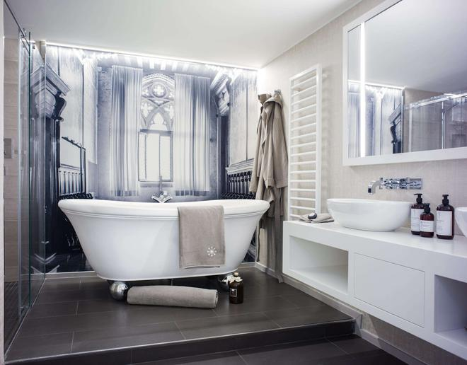 Hotel Stein - Salzburg - Bathroom