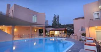 Elma's Dream Apartments & Villas - Hania - Uima-allas