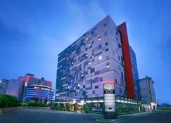 ネオ ホテル マンガ ドゥア - 北ジャカルタ市 - 建物