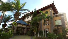 Hotel Nikki - Денпасар (Бали) - Здание