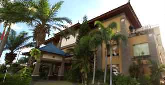 Hotel Nikki - Denpasar - Building