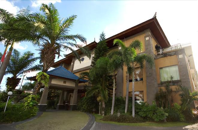 Hotel Nikki - Denpasar - Gebäude
