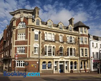 The Crown Hotel - Weymouth - Edificio