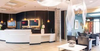 Hôtel Mercure Lyon Centre - Gare Part-Dieu - Lyon - Front desk