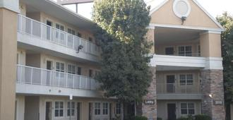 Extended Stay America - Bakersfield - California Avenue - Бейкерсфилд - Здание