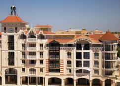 阿卡松普拉薩公寓酒店 - 阿卡雄 - 阿卡雄 - 建築