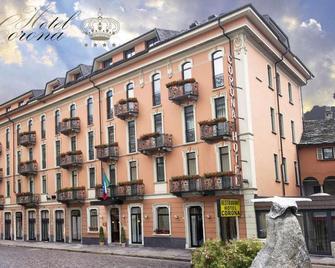 Corona - Domodossola - Будівля