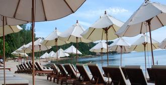 White House Beach Resort - Ko Samui - Patio
