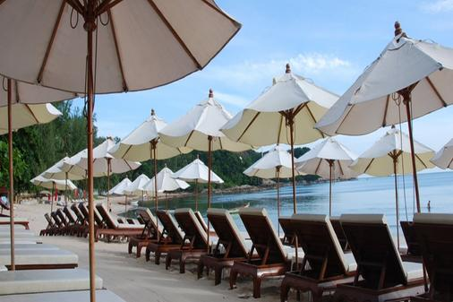 White House Beach Resort - Samui - Innenhof