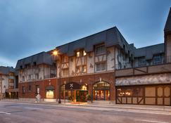 Best Western Plus The Normandy Inn & Suites - Minneapolis - Edificio