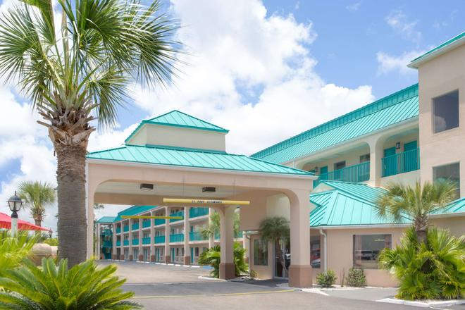 Days Inn by Wyndham Gulfport - Gulfport - Rakennus
