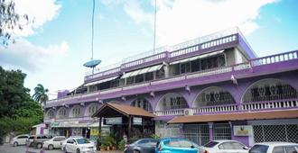 Gloriana Hotel - Montego Bay - Building