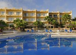 Ta Frenc Apartments - Għasri - Piscina