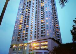 Perdana Kuala Lumpur City Centre - Kuala Lumpur - Budynek
