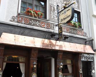 Hotel Gasthof Schuster - Rudesheim am Rhein - Gebouw