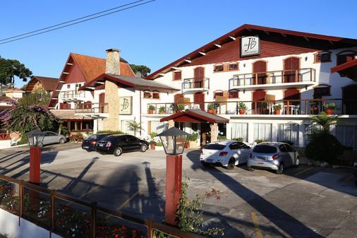 Hotel JB - Campos do Jordão - Toà nhà