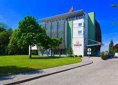 Vivaldi Hotel - Posnania - Edificio