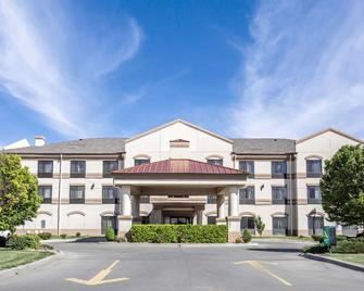 Quality Inn & Suites - Guymon - Building