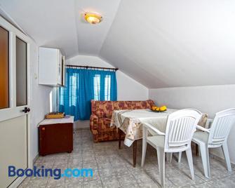 Apartment Dalila - Ulcinj - Living room