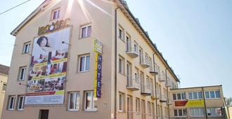 LeoMar Flatrate Hotel - Ulm - Gebouw