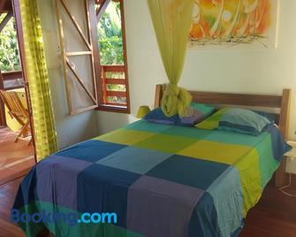 Gîte Les Palmistes - Saint-François - Bedroom
