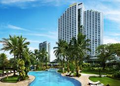 Shangri-La Hotel Jakarta - Jakarta - Uima-allas