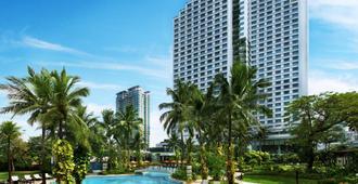 Shangri-La Jakarta - ג'קרטה - בריכה