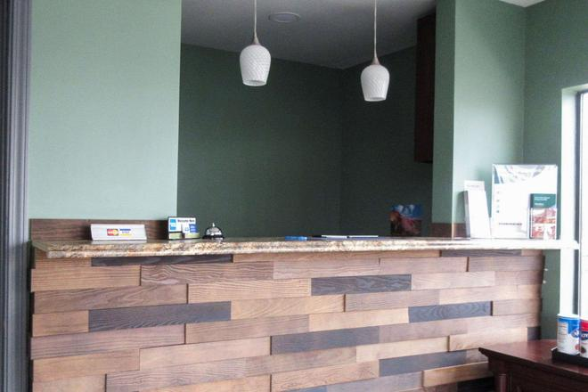 Rodeway Inn - Murfreesboro - Front desk