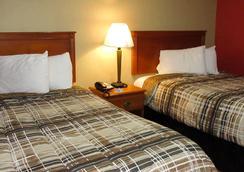 Rodeway Inn - Murfreesboro - Bedroom
