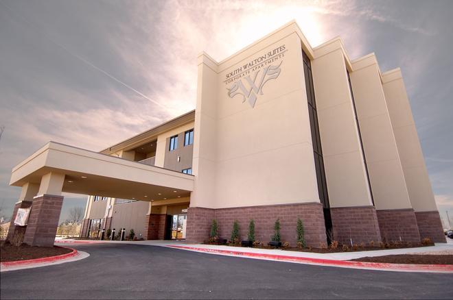 South Walton Suites - Bentonville - Building