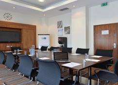 Holiday Inn Express Sheffield City Centre - Sheffield - Meetingraum